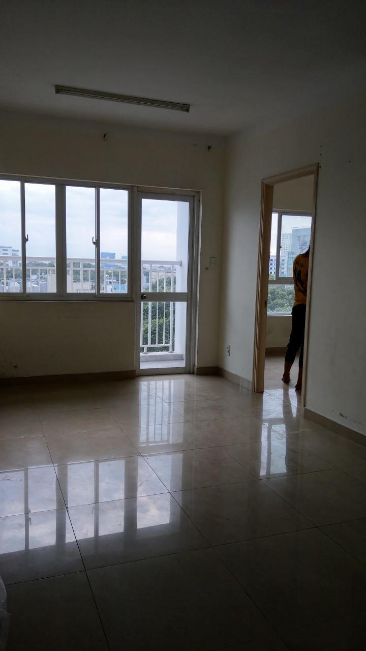 rent 155 Nguyen Chi Thanh - 2 bedroom - 1 wc