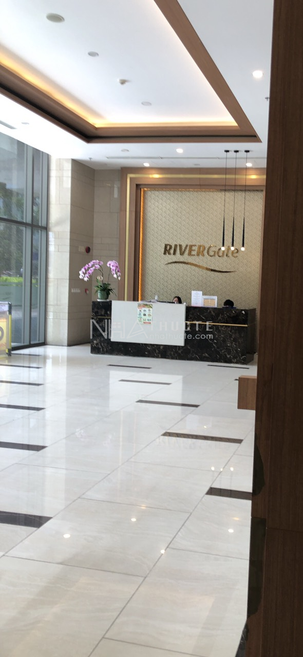River Gate - tầng 10 - Officetel - 1 wc